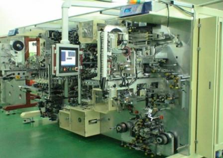 首页 > 聚合物锂电池自动化设备  完成充放电的 cell 在 baking炉里使